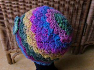Mütze aus Noro Silk Garden Sock 87 von hinten