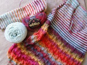 Pullover aus Noro Silk Garden 4ply 341 vom Entstehen mit Merino-Wolle in Mint. Noromaniac