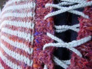 Detail Verschluss Pullover aus Noro Silk Garden 4ply 341 von noromaniac