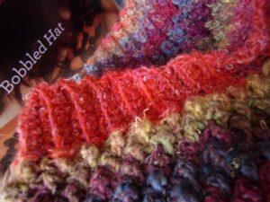 Bobbel Hat aus Noro Silk Garden 341: Hier ist der Rand heller als im Orignal