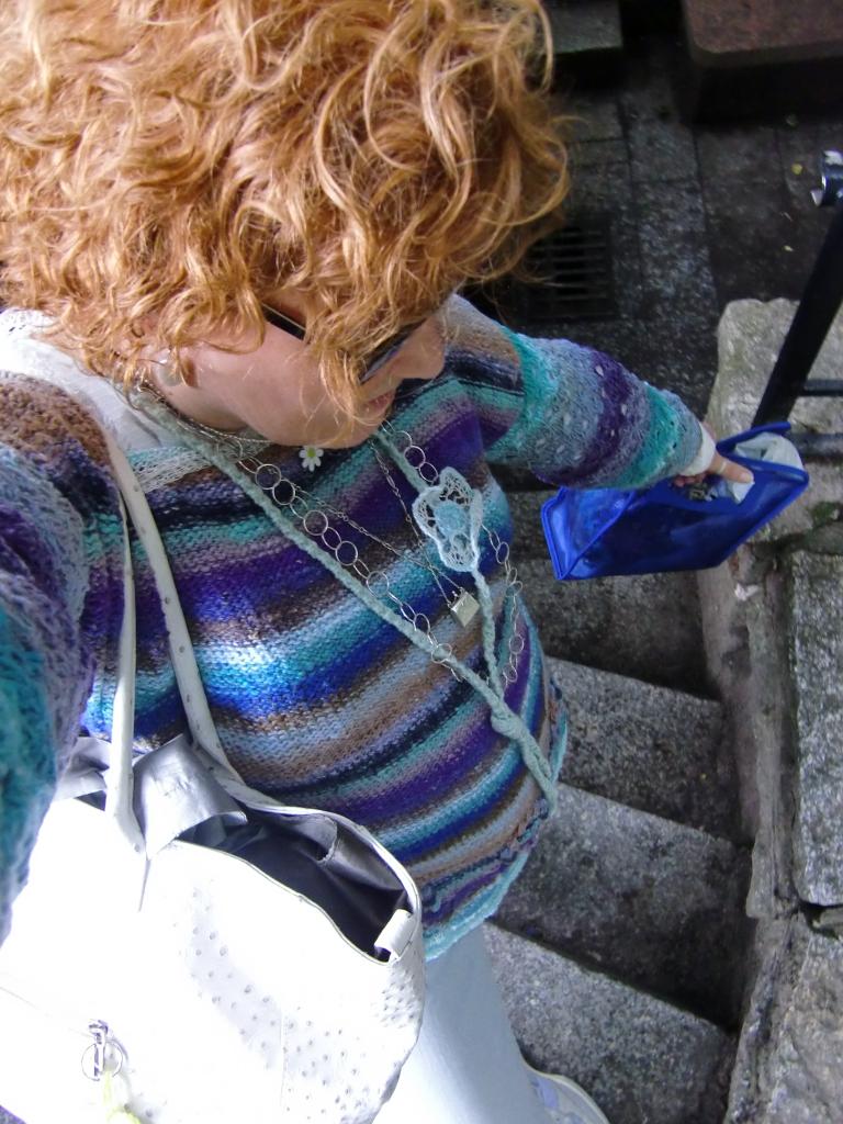 Der Pullover aus Noro Taiyo Sport #9 in Action (Foto Katrin Walter) #noromaniac #simplywalter