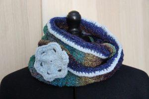 Loop-Schal aus Noro Yuzen 10 gestrickt. Noromaniac - Katrin Walter
