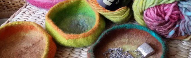 Gioiellina – Gefilzte Schälchen aus Noro Kureyon