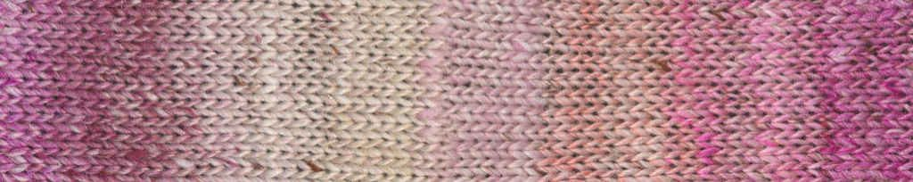 Noro Akari #09 Rapport des Garns in Rosatönen angelehtn an die Kirschblüte