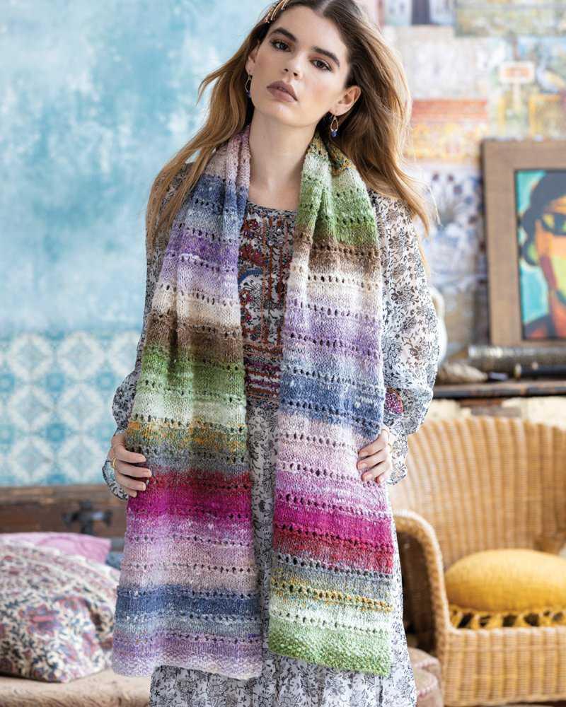 Eyelet Scarf Pattern-Design von Rosemary Drysdale aus Noro Tsubame #02 Foto: Noro Knitting Magazine 16 - Noromaniac