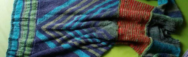 Strickkleid Lilly aus Noro Geshi mit Sonata und Silk Garden Sock