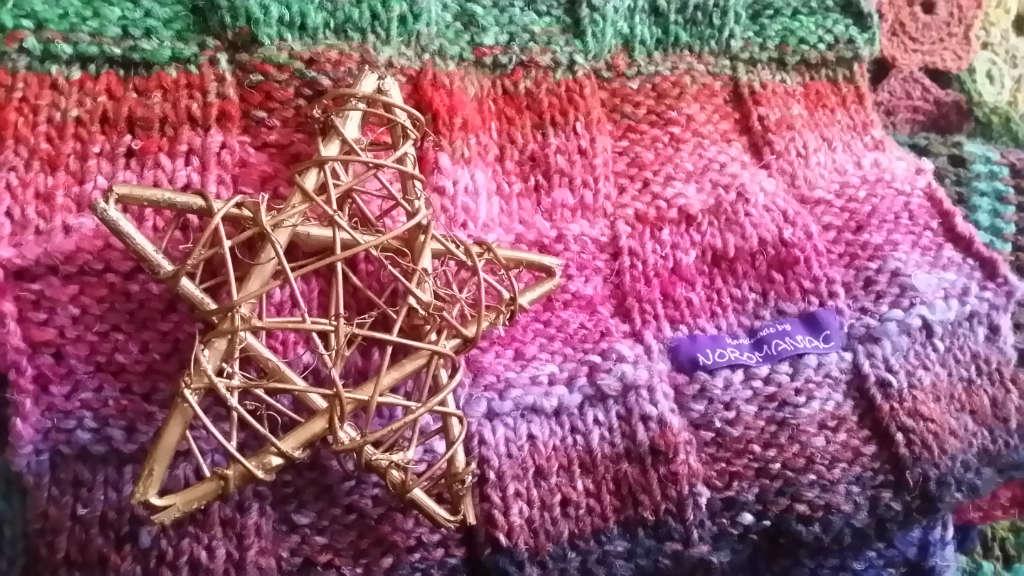 Weihnachtsstern von Noromaniac.. Update zur Noro Obi 1 und Obi 7. Foto: Katrin Walter. I love Noroyarn.