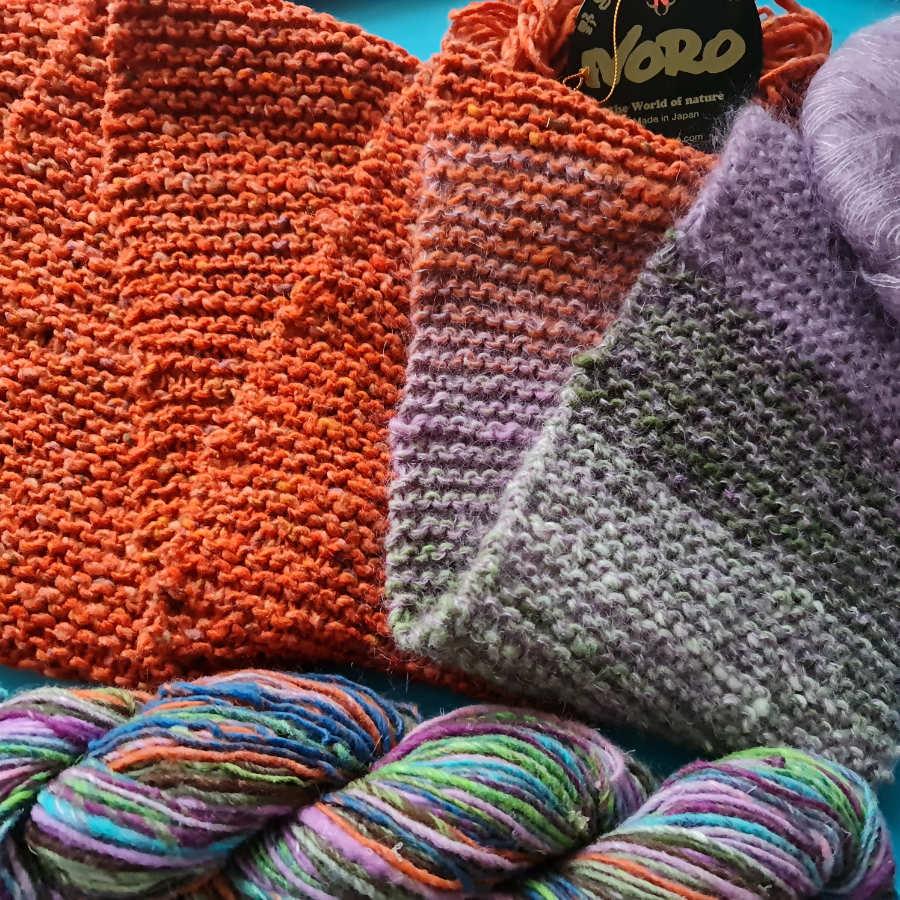Schal aus oranger Noro Tokonatsu #16, Noro Kirara und etwas fliederfarbenem Mohairgarn für den Kuschelfaktor. Foto: Katrin Walter alias Noromaniac