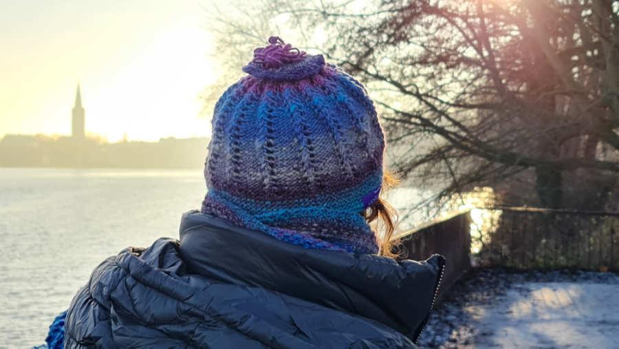Mütze aus Noro Shiro #6, einem absoluten Luxusgarn mit Kaschmir. Ein Geschenk zum Valentinstag? Foto: Katrin Walter alias Noromaniac